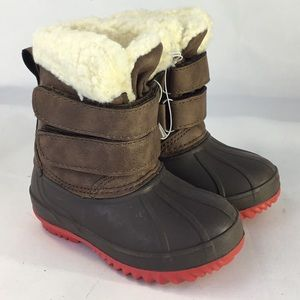 Cat & Jack sz 4 Snow/Winter Boots Sherpa lined